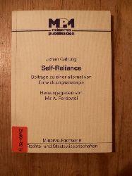 Galtung, Johan:   Self-reliance.  Beiträge zu einer alternativen Entwicklungsstrategie /