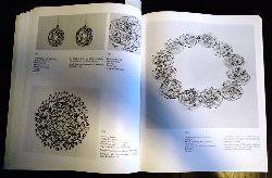 Becker, Friedrich  Friedrich Becker, Goldschmied. Schmuck, Silbergerät, Kinetische Objekte 1951 - 1983. Katalog zur Ausstellung vom 10. Februar bis 1. April 1984.