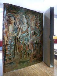 Dunhuang wenwu yanjiusuo bian,  Dun huang cai su = Tunhuang Painted Sculptures, (mit der englischsprachigen Textbeilage)