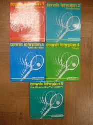 Deutscher Tennis Bund (Hrsg.),  Tennis-Lehrplan, Band 1: Holzbrettspiel/Kindertennis / Band 2: Grundschläge / Band 3: Spezialschläge / Band 4: Theorie / Band 5: Konditionstraining/Trainingslehre, 5 Bände (= alles),