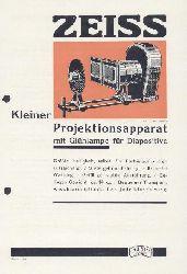 Zeiss, Carl  Zeiss Kleiner Projektionsapparat mit Glühlampe für Diapositive. Zeiss-Druckschrift Mikro 428. Prospekt.