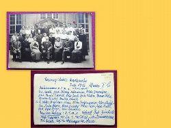 Ansichtskarte AK Fotokarte Klassenfoto Lessingschule Karlsruhe Juli 1916 Klasse I b (umseitig alle Namen der Schülerinnen und Lehrer u.a. bekannte Karlsruher Namen: Valdenaire, Loeb, Tietze, Scheidel, von Röder, Dieffenbacher, Minx, Heim....)