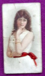 Reklamebild / Kaufmannsbild / Sammelbild Cigarettes Compagnie Laferme Dresden (Junges Mädchen)