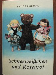 Brüder Grimm/Hannelore& Wolfram  Wegener/Klaus Götze Schneeweißchen und Rosenrot. Ein Beschäftigungsbuch zur Selbstanfertigung der Puppen und Szenerien 3. Auflage