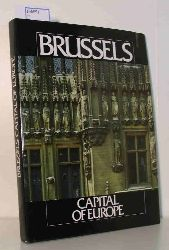 """Loze, Pierre; Studio Claerhout""  ""Loze, Pierre; Studio Claerhout"" ""Brussels - Capitale de l""""""""Europe. Brussel - Hoofstad van Europa. Brussels - Capital of Europe. Brüssel - Hauptstadt Europas. Bruselas - Capital de Europa."""