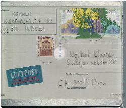 Kramer, Harry --  Quadratische Metallbox von Harry Kramer an Norbert Klassen zu einer Lesung am 25. 1. 1995.